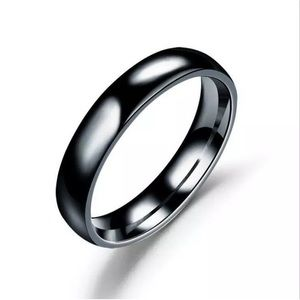 Other - Polished Stainless Steel 4mm Ring/Band Size: 5